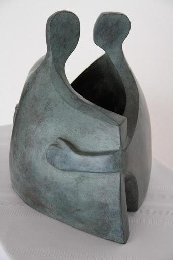 Abrazo - Escultura, Nour Kuri