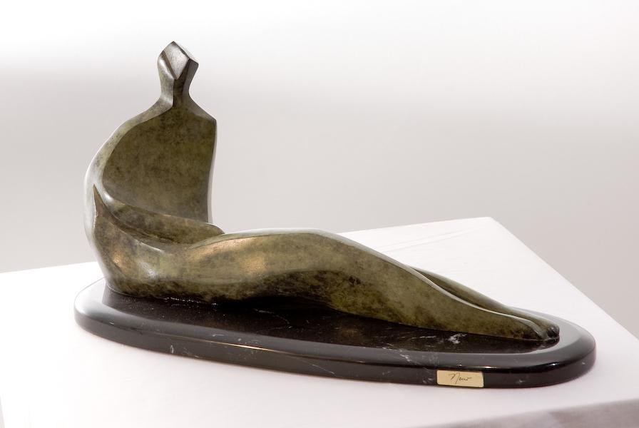 En Espera - Escultura, Nour Kuri